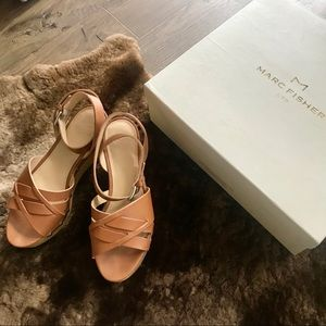 💰PRICE DROP Marc Fisher Camilla wedge sandals 👡
